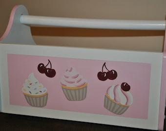 BOOK CADDY - Cupcakes
