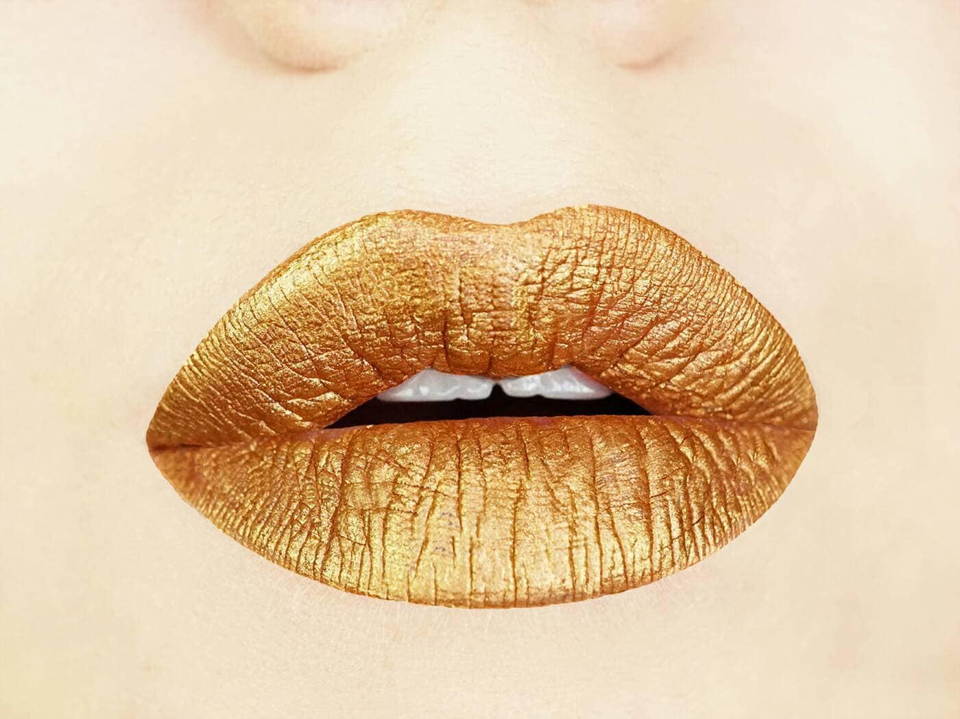 Gold Digger Metallic Matte Liquid Lips. Liquid To Matte.