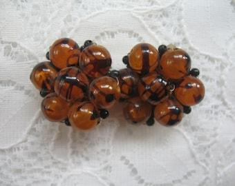 Vintage Cluster Earrings ~ Clip On ~ RootBeer Plastic Beads