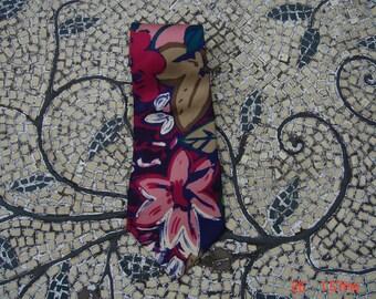 Vintage Halston Italian Silk Necktie - Hipster Cool