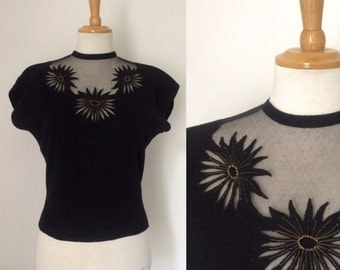 Stunning vintage 1950s black wool sweater with embroidered tulle / fifties short sleeve jumper with floral cutaway embroidery - medium