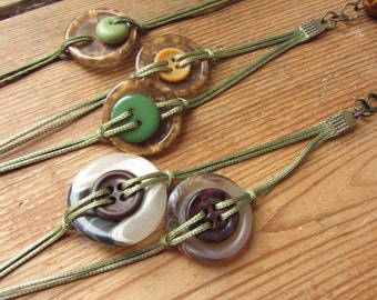 Repurposed Buttons Bracelet with Tassel, Unique Friendship Bracelet, Stacking Bracelet, Boho Tassel Bracelet, Layering Bracelet, Upcycled