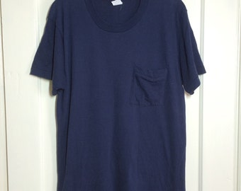 Vintage 1970's Fruit of the Loom Plain Blank Pocket Tee T-shirt size Large dark Blue All Cotton 19.5x29