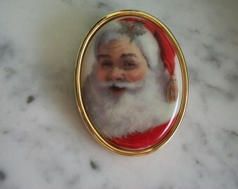 Santa Claus Christmas Brooch Pin