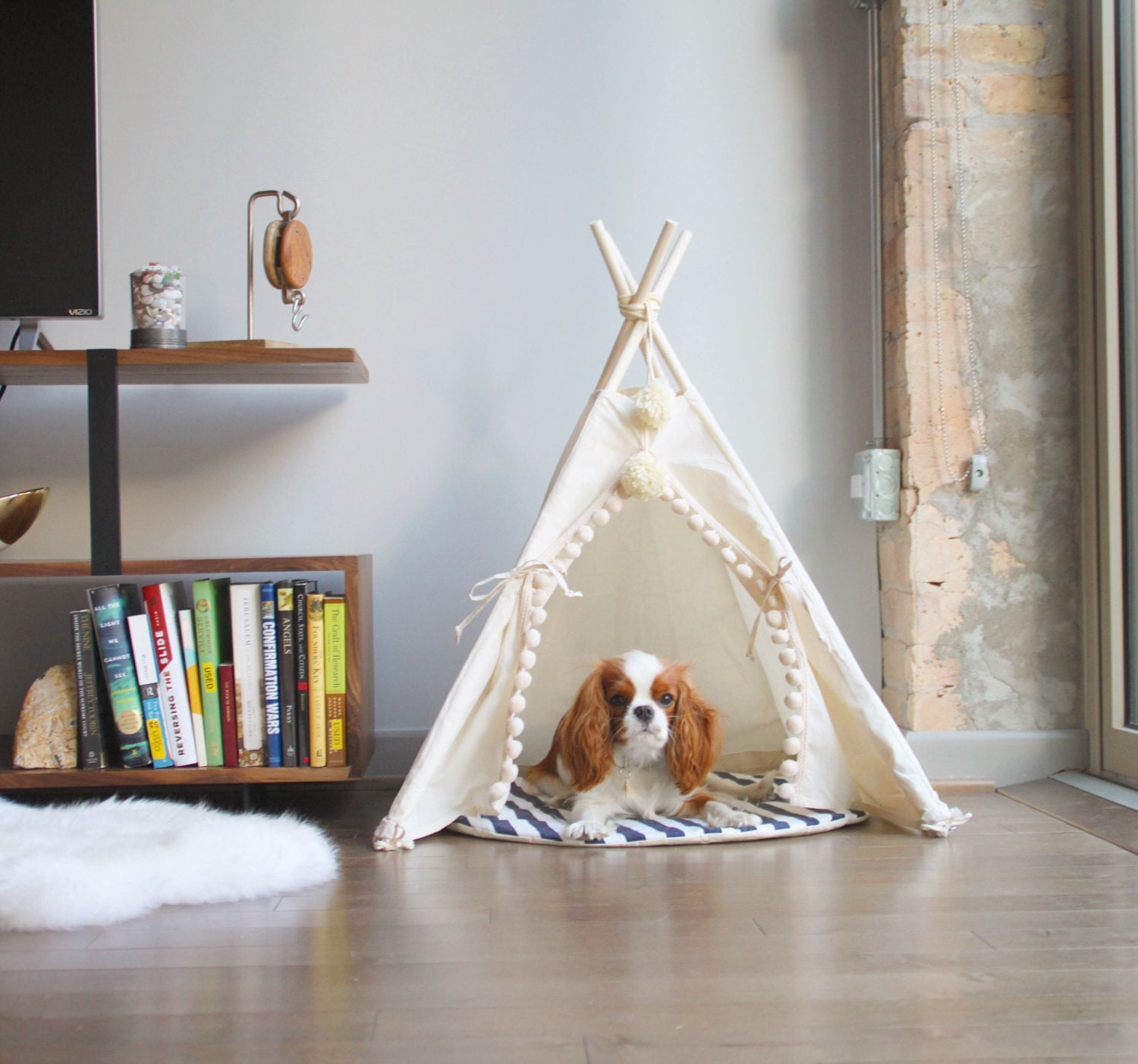 pet tipi with poles and pad 4 pole pet tipi teepee tepee With dog and teepee