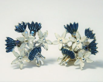 Vintage flower earrings.  Blue and white flower earrings.  Clip on earrings.  Enamel earrings