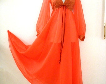 TANGERINE DREAM - Vintage 50s 60s Muted Orange Double Chiffon Nightgown - Long Sleeve Chiffon Gown with Lace - Size Small - Vintage Lingerie
