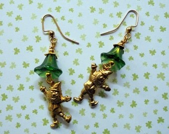 Green and Gold St. Patrick's Day Leprechaun Earrings (2507)