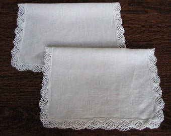 Vintage Cloth Placemats, 2 White Placemats with Crocheted Edging, Vintage Linens,