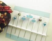 Sewing Pins Aqua Daisy with Crystals