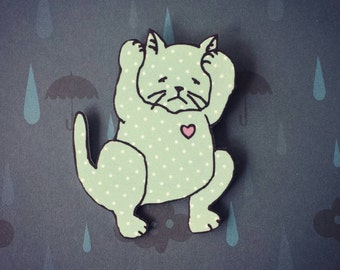 Distressed kitty cat brooch