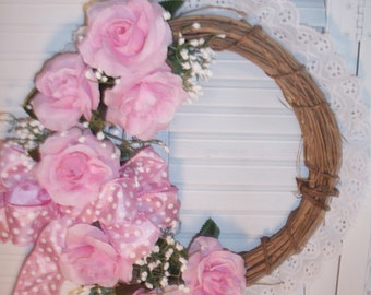 Shabby Cottage Wreath With Pink Roses
