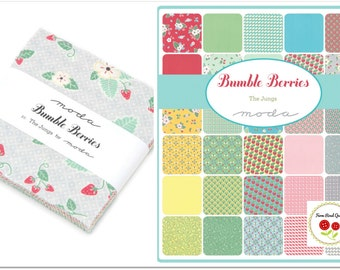 """Bumble Berries Charm Pack Fabric Strawberry Fabric Quilting Fabric 5"""" Squares Moda Charm Pack"""
