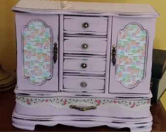 "Pink Shabby Chic Large ""Cupcake"" Jewelry Box"