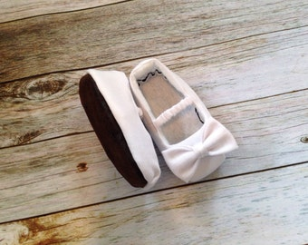 White Mary Jane Baby Shoes with Ruffled Strap and Bow - Size 0-18 Months - Solid Colors