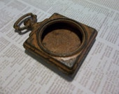 Small Open Metal Locket - Vintage Style Pocket Watch Pendant - Made to Look Old Rusted & Worn - Qty 1
