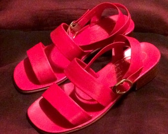 Vintage 1970s Italian Strappy Ladies  Open Toe Shoes, Chunky Heels, Red Hippie Disco Sandals