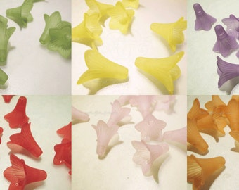 21mm x 23mm Acrylic Lucite Large Trumpet Flower Beads - pick a color (yellow, purple, red, pink, orange, white) 10 pcs per bag
