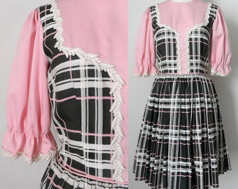 50s Pink and Gray Plaid Fit and Flare Knee Length Dress with Puff Sleeves Retro Kawaii Dolly Size 4