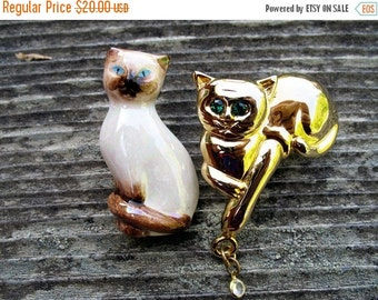 Two Cool Cats Sitting on a Fence Two Cat Brooches  One Avon Signed One Unsigned In Mint Condition