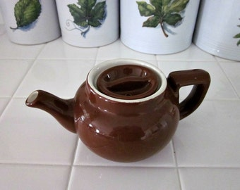 Vintage Brown Hall Teapot, Single Serving Teapot - Coco Brown Teapot - Collectable - 1.5 Cup Teapot - Country Kitchen Decor - Bobann Kitchen