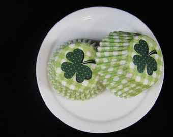 Shamrock Mini Cupcake Liners, Mini Baking Cups, Mini Muffin Papers, Candy Paper, Cake Pop Papers, Truffle Cases, Easter Cucpake  - QTY. 25