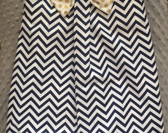 Navy chevron bow dress size 4t