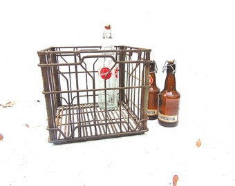 Metal Milk Crate, Vintage Industrial Decor, Rustic Farmhouse, Country Wedding, Country Chic, White Brooks Farm