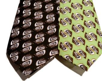 Oysters Men's Necktie, Oyster Shells, Beach Wedding, Coastal Tie, Green Tie, Preppy Tie, Southern Tie, Men's Tie, Unique Tie,