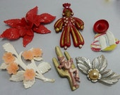 RESERVED 4 LeBunny:  6 pc Retro Plastic Floral & Figure Brooch Pin Lot 2    NCV26