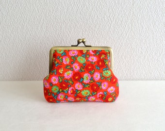 Retro floral coin purse - red, frame purse, clasp purse