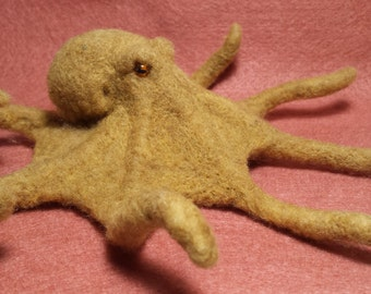 Needle Felted Common Octopus, small and cute