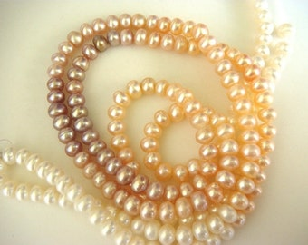 50% VALENTINE SALE Natural Fresh Water Pearls - Shaded Ivory Peach Violet - 5mm Each - 15 Inch Strand