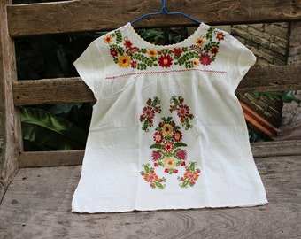 M-L Bohemian Embroidered Top - Ivory 1
