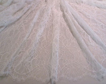 Lovely Delicate Off white Allover Floral Design Leavers Chantilly Lace Fabric--By the Yard