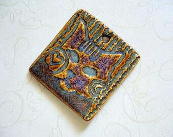 Iron Lustre Cat Ceramic Pendant