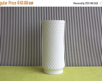 Summersale Arzberg Glossy Porcelain Vase With Heart Pattern Relief