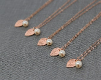 Nature Inspired Bridesmaid Necklaces Rose Gold, Leaf Jewelry Set of 7, Ivory Pearl and Leaves Necklace, Rustic Bridesmaid Jewelry