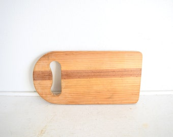 Vintage Wood Cutting Board with Hanging Handle - Bread Board - Primitive