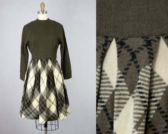 1960s Vintage jeanne d'arc Brown Wool Plaid Pleated Dress (XS, S)
