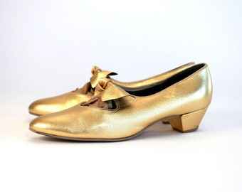 Vintage Vtg Vg 1950's 50's Barbette's Dancewear Gold Metallic Ballet Shoes with Bow Feminine Romantic Leather Uppers Made in USA Women's 8 9