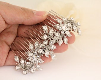 Vintage inspired Wedding hair comb Pearl Bridal hair comb,Wedding hair jewelry,Wedding hair accessories,Wedding comb Rhinestone,Bridal comb