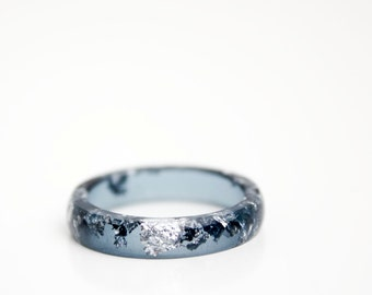 eco resin stacking ring size 7.5 | midnight blue resin with silver metallic flakes