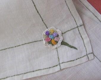 Lovely Vintage Soft Embroidered Hankie Handkerchief