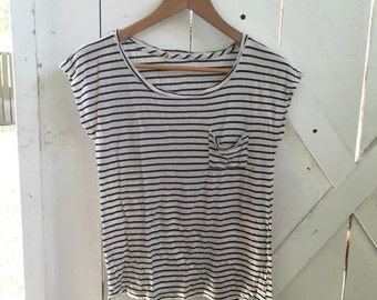 Softest vintage navy & blue brenton striped tee xs/s