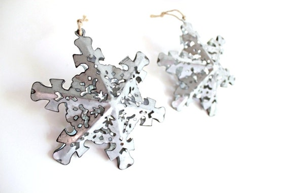 Metal snowflake ornaments silver christmas