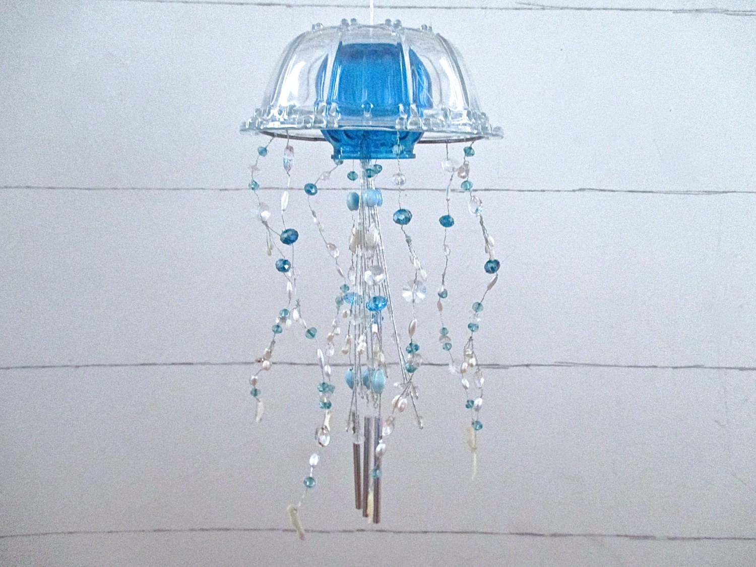 Nautical glass jelly fish wind chimes turquoise pearl clear for Fish wind chimes