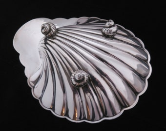Vintage Silverplate Shell Nut Dish International Silver Company No. 676