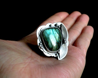 Sterling and Labradorite Ring - The Midnight Garden