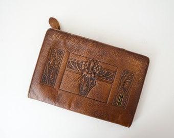 antique tooled leather purse / vintage Art Nouveau clutch